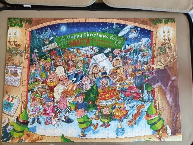 wasgij christmas 15 santas unexpected delivery
