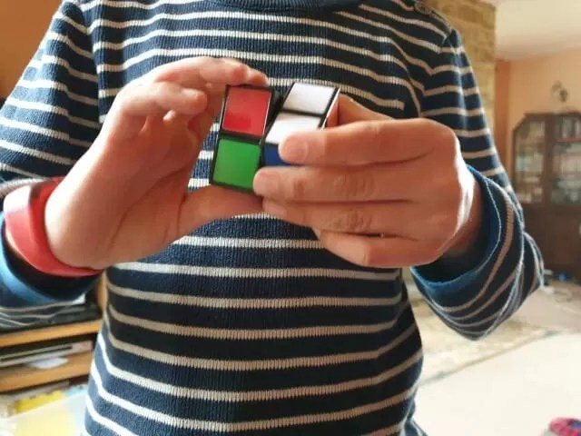 playing rubik's 2z2