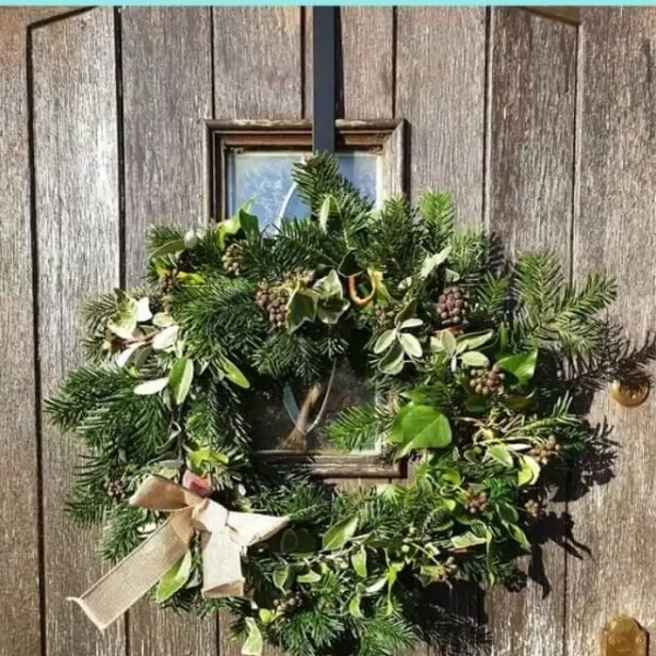 First time wreath making and tips for DIY wreaths