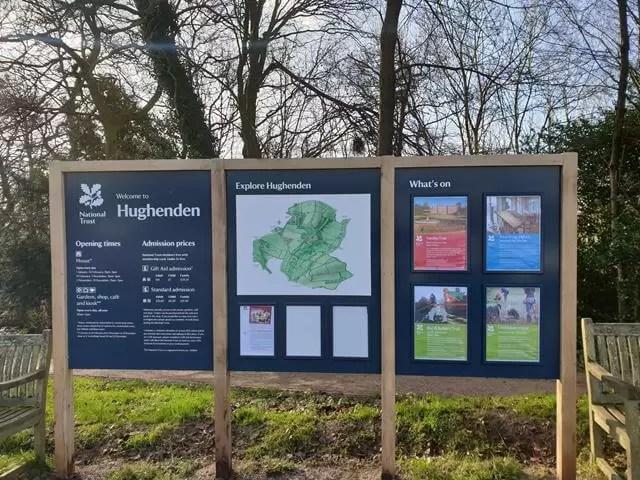 Hughenden manor entrance signs