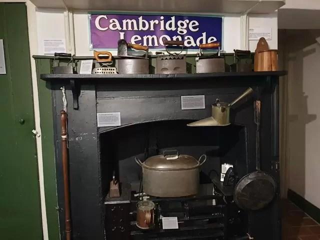 oven range in kitchen in museum of cambridge