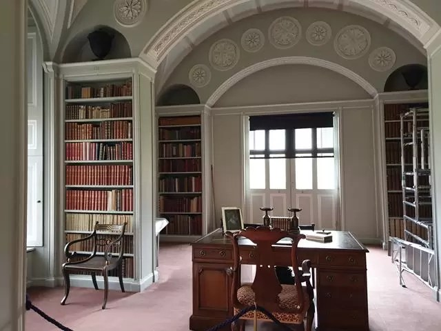 library at wimpole estate