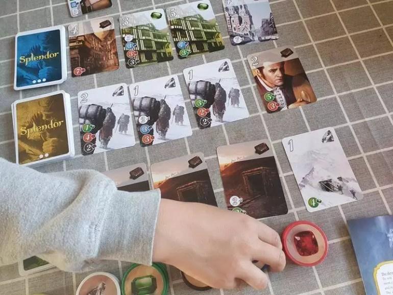picking up tockens in card game Splendor