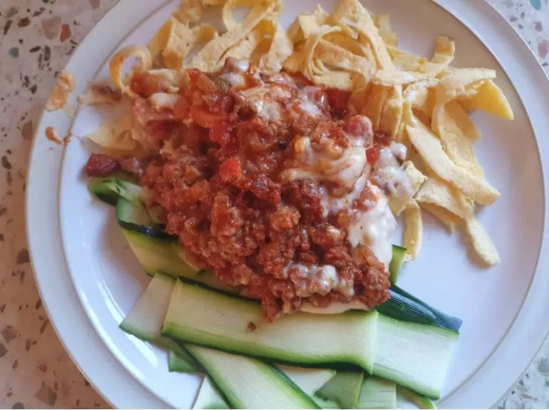 egg strip noodles, courgette and bolognese