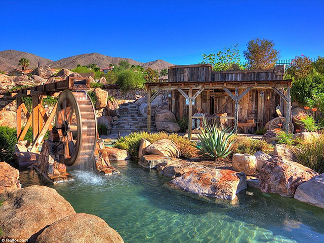 beautiful nevada backyard pool