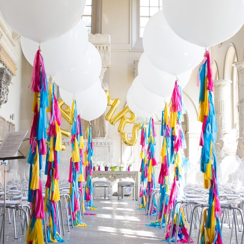 Bubblegum Balloons at Aynhoe Park - Faye Cornhill Photography