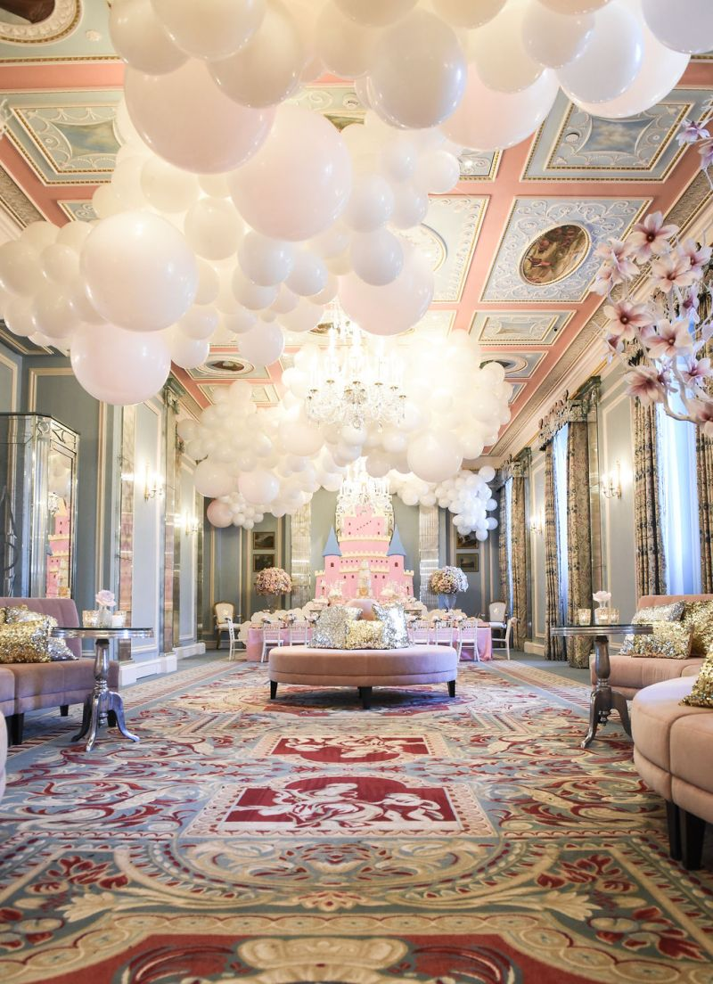 Bubblegum Balloons at The Lanesborough