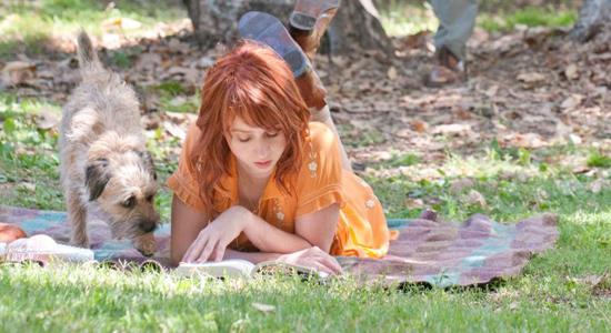 """Zdjecie z filmu pt. """"Ruby Sparks"""", ktory dosc dokladnie ilustruje temat tworzenia bytow w naszej fantazji"""