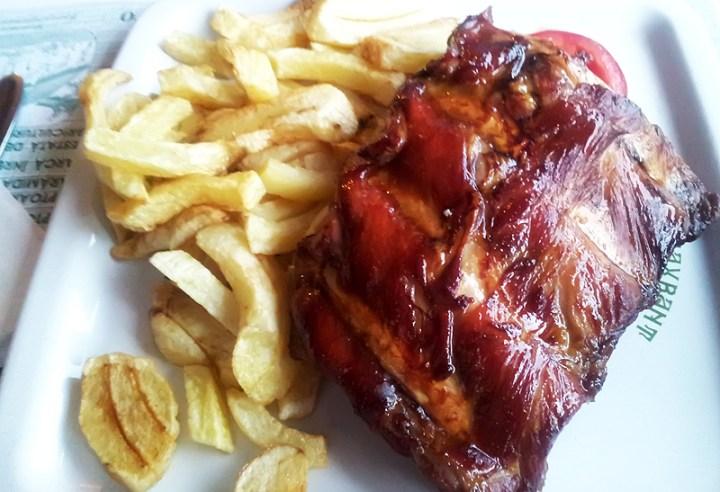 Restaurant Rustiq scarita de porc