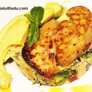 Couscous cu arome mediteraneene si ficat de gasca foie gras.