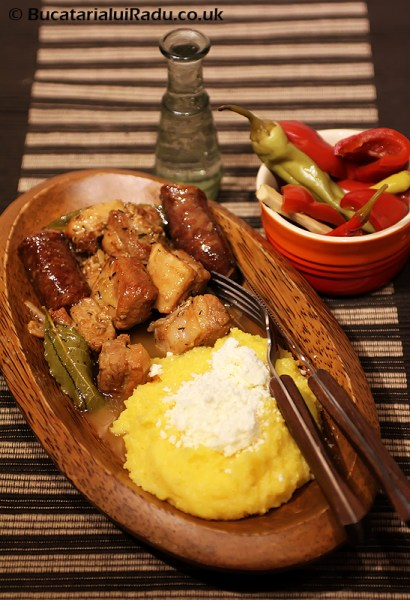tocana de carne pomana porcului reteta culinara