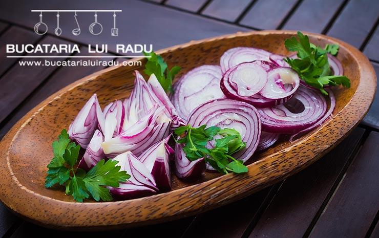 reteta salata de ceapa rosie