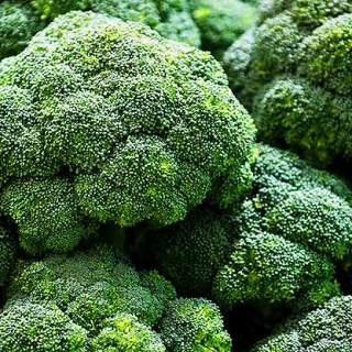 Superalimente. Broccoli. Sa fie broccoli cel mai tare din parcare?