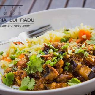 Curry de vinete cu linte. Reteta vegetariana.