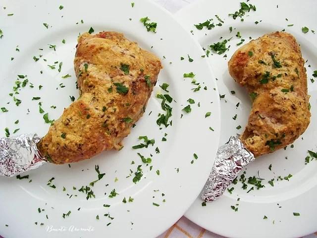 Pulpe marinate în sos de iaurt şi muştar