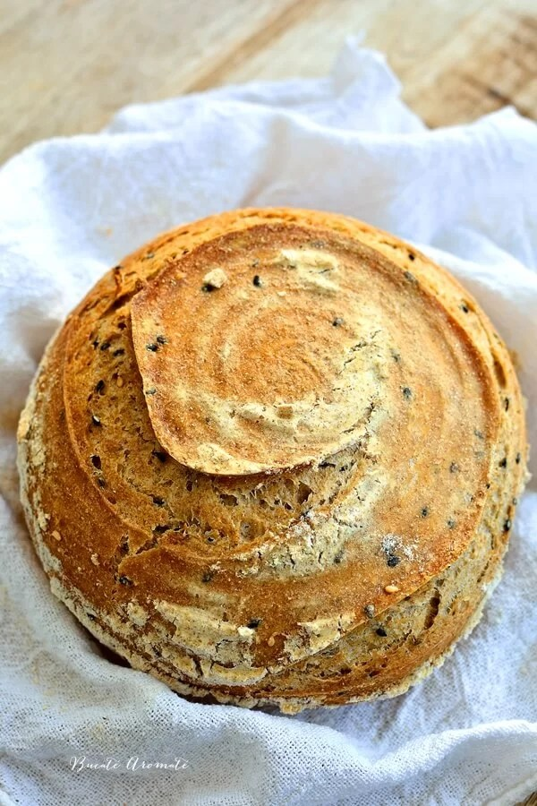 Cea mai simplă reţetă de pâine cu maia naturală