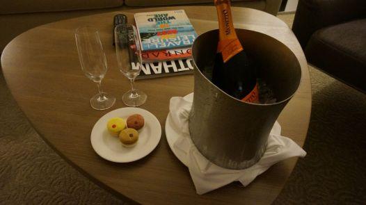 A notre retour à l'hôtel, une surprise nous attend dans la chambre... Plutôt sympa (tout ça parce que j'ai laissé un petit mot sur Facebook à propos de notre séjour ;-) )
