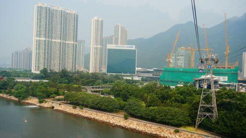 Vu du 'cable car', notre hôtel (le carré vert en plein milieu de la photo) semble tout petit...