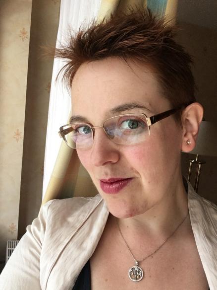 24 – Diandra Linnemann, Tentakel und Verspätungen