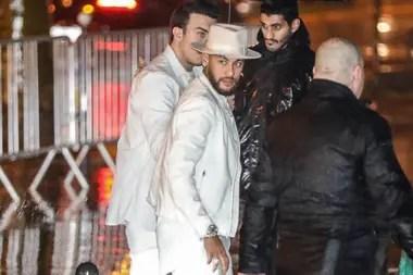 Neymar llega a su fiesta de cumpleaños el 2 de febrero pasado, en el Palacio Tokio de París