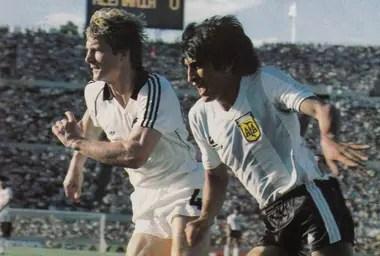 Ramón Díaz en seleccionado argentino, durante el 2-1 sobre Alemania.