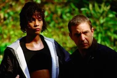 El actor y Whitney Houston trabaron una cercana relación durante el rodaje de El guardaespaldas