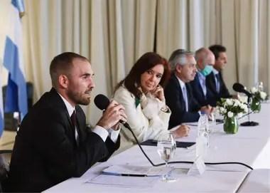 Fernández reivindicó los concejos de Cristina Kirchner
