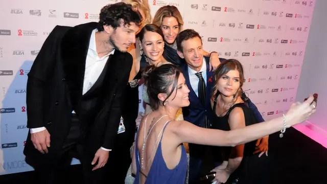 Una selfie grupal con Pampita y Pico