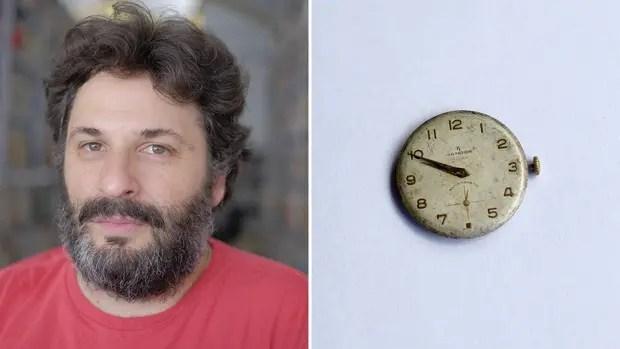 """Ronsino elige un reloj de los años 50. """"Mi abuelo se lo pasó a mi papá y mi papá a mí. Atrás tiene las fechas, el mecanismo, lo que significaba un reloj para las clases populares me llevan a pensar en un engranaje afectivo y social, y en cierta forma del recuerdo, que tiende a desaparecer."""" Fotos: H"""