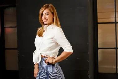 Jésica Cirio es embajadora internacional del zumba, el baile que la acercó a un público popular igual que La peña de morfi