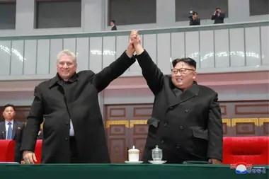 """Díaz-Canel dijo que estaba dispuesto a """"enfrentar todos los retos planteados por las fuerzas hostiles"""" y a mantener la """"amistad tradicional y relaciones de cooperación"""" entre Cuba y Corea del Norte"""