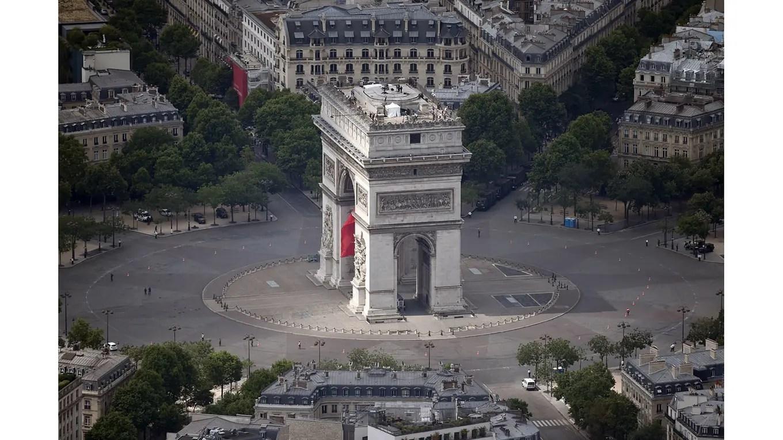 vista aérea del Arco del Triunfo foto: AFP Jean Sebastien Evrard