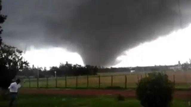 El tornado que dejó dos muertos en la localidad uruguaya de Dolores