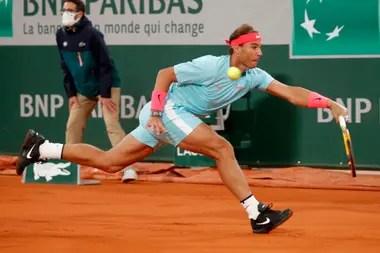 En el Philippe-Chatrier como si fuera en el patio de su casa: Rafael Nadal venció a Djokovic y se consagró por decimotercera vez en París