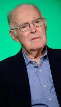 Gordon Moore durante el 50 aniversario del pronóstico que marcó el ritmo de la evolución de los microprocesadores