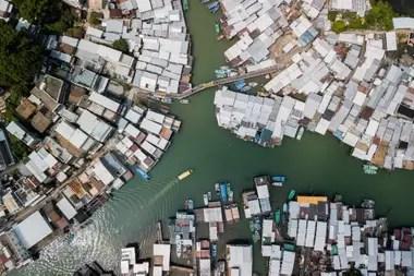 El pueblo pesquero Tai O, en Hong Kong, se prepara para la llegada de Mangkhut