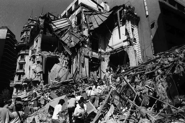 Recordaron en Israel a las víctimas del ataque contra la embajada