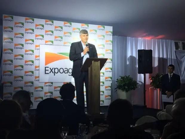 El ministro Buryaile, en cena de Expoagro