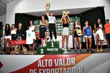 El podio de las ganadoras de la general: la riocuartense Rosa Godoy, Carolina Nieva y Silvana de Fátima Marchisio