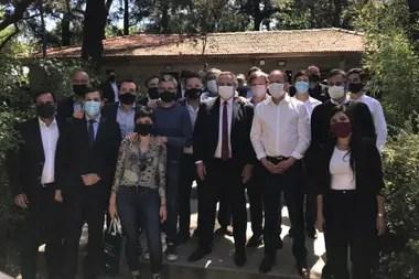 Alberto Fernández, junto a intendentes peronistas del conurbano bonaerense, en Lomas de Zamora; los invitó a buscar la reelección indefinida, prohibida por ley