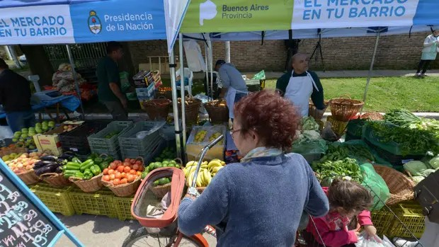 Las ferias del programa ''El mercado en tu barrio'' funcionan de miércoles a domingo de 8 a 14.