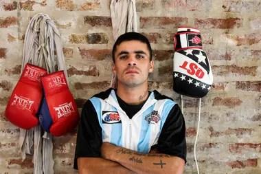 Areco dice ganar, como mucho, 15.000 pesos por una pelea y pagar 10.000 por alquiler.