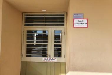 Cada escuela tiene una sala de aislamiento en caso de que un alumno o docente tenga síntomas