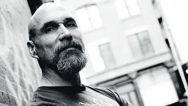 Estampa punk: Ostertag, un artista a tiempo completo