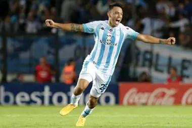 El festejo enloquecido de Nery Domínguez, después del gol de Marcelo Díaz