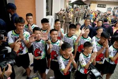Rescate en Tailandia: los chicos dan una conferencia de prensa antes de volver a sus casas