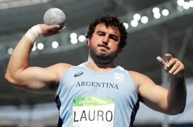 Una imagen del pasado: Lauro ya no volverá a competir