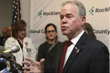 Ed Day, el jefe del condado de Rockland, situada a 40 kilómetros de Nueva York brindó ayer una conferencia de prensa
