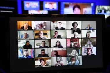 Mercedes Marcó del Pont respondió preguntas de los miembros de la Comisión de Presupuesto y Hacienda, reunida de manera virtual
