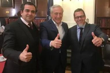 Muñoz siguió el fallo por televisión en la Comisión de Relaciones Exteriores del Senado de Chile y celebró el resultado.